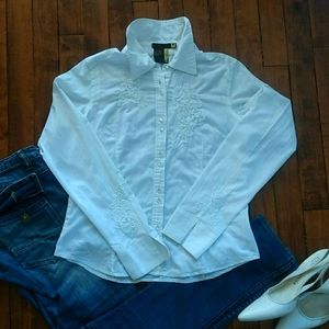 Decker white blouse with embroidery